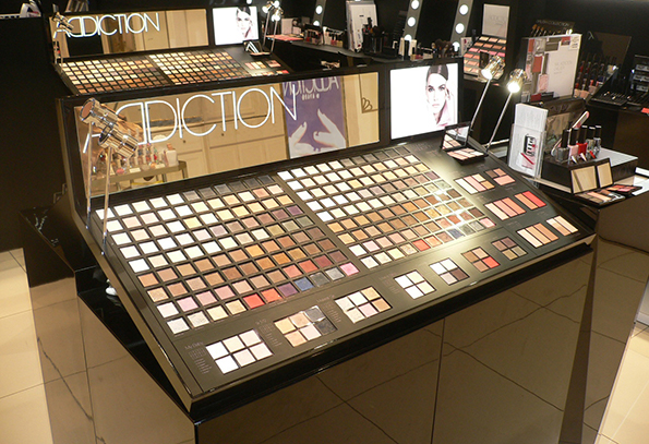 ADDICTION Make Up Bar